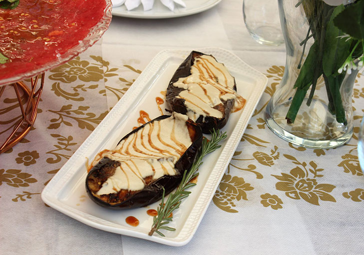 שף פרטי ראול רודריגז - חציל עם טחינה