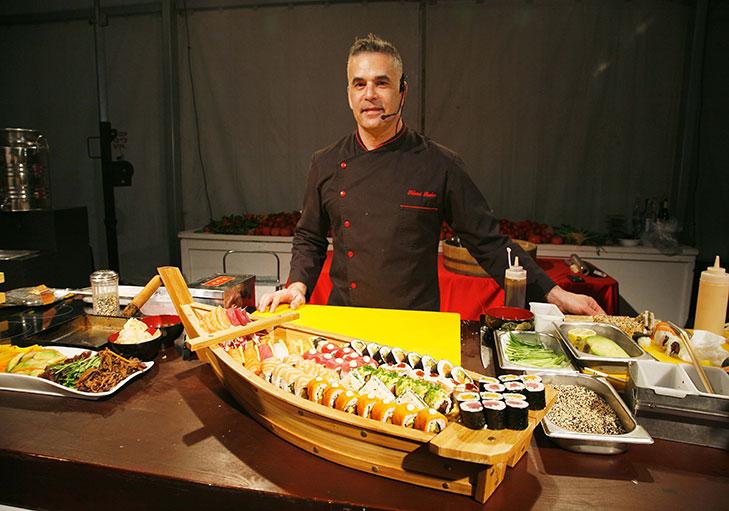 שף פרטי שלומי שלו - שף שלומי שלו מלמד איך להכין סושי