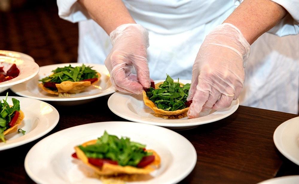 ארוחות שף לאירועים קטנים בזמן הקורונה